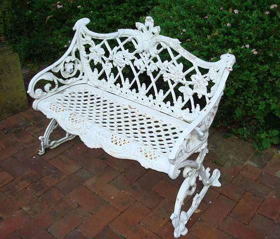 CIB-19 CAST IRON BENCH